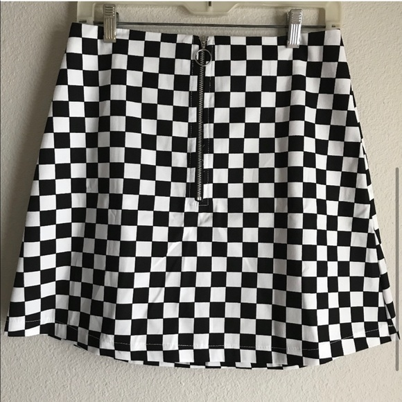 NWOT Reclaimed Vintage Zip Front Checkered Skirt